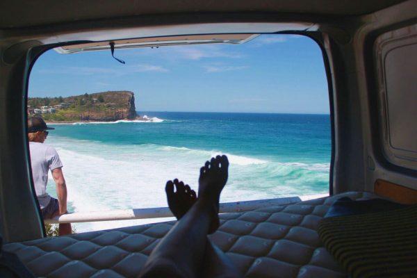 Ventajas de viajar en furgoneta este verano