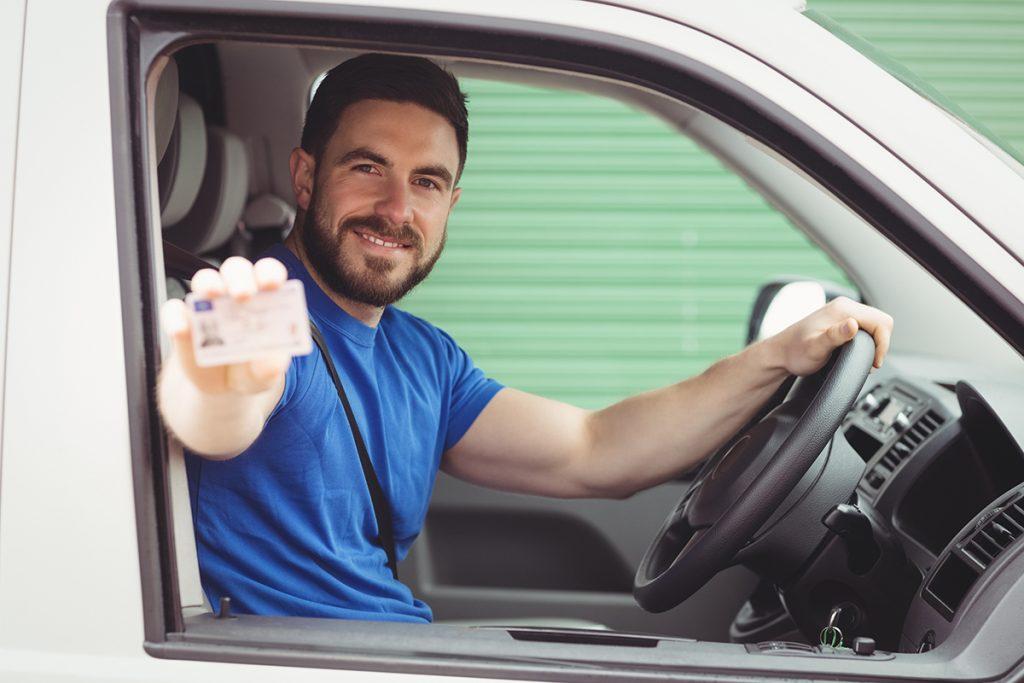 Documentación necesaria para alquilar furgonetas